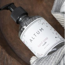 "Håndsæbe ""Meadow"" - ALTUM - Ib Laursen 250 ml"